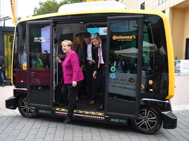 IAA-Eröffnung: Merkel dringt für neue Mobilität auf 5G und mehr Ladepunkte