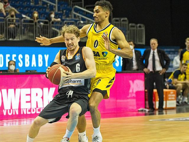 Basketball: Playoffs: Alba gleicht Halbfinale gegen Ulm aus