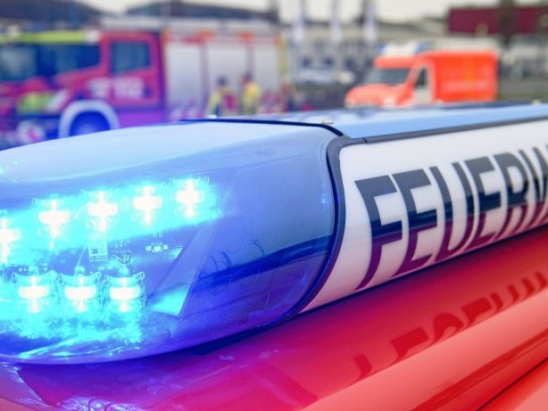 Feuerwehreinsatz: Ennepetal: Essen angebrannt – Frau muss ins Krankenhaus