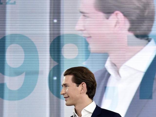 Kurz lässt sich als ÖVP-Chef bestätigen und geht auf Sommertour