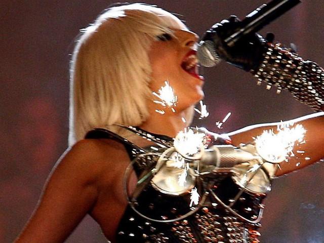 """""""Love For Sale"""": Lady Gaga beglückt Fans per Livestream in Einkaufszentren"""