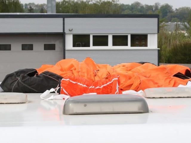 Oberschwaben: Zwei Fallschirmspringer sterben bei Absturz