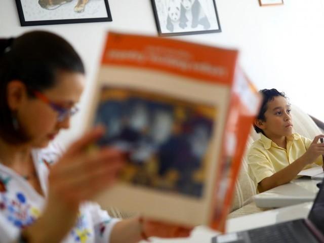 Belastung für Schüler, Eltern, Lehrer durch Corona weiter hoch