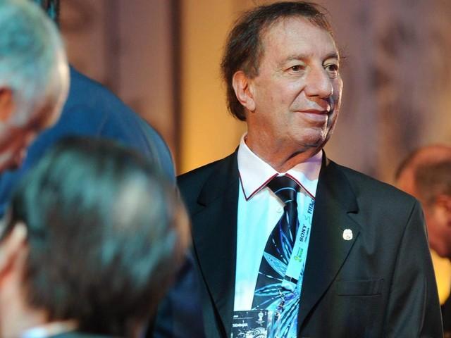Hirn-OP: Sorge um argentinische Trainer-Legende Carlos Bilardo