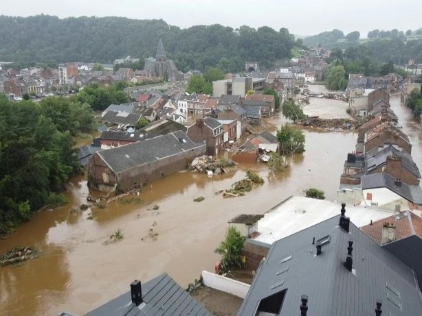 Drohnenbilder zeigen Überschwemmungen in Belgien