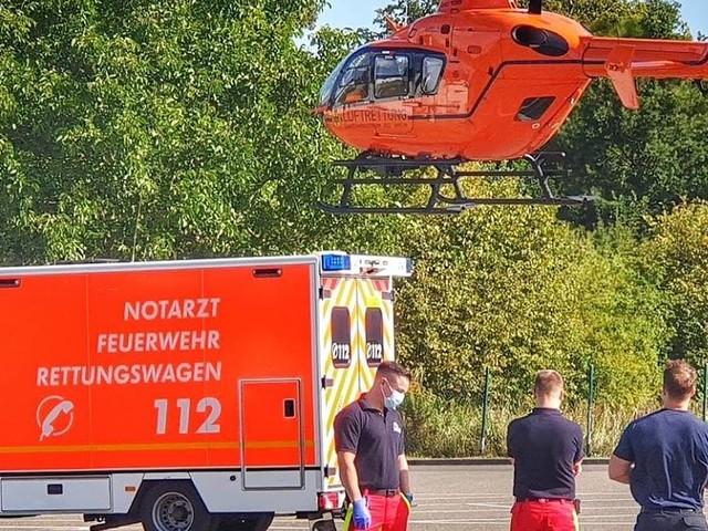 Arbeitsunfall in Mönchengladbach: Mann gerät mit Arm in Bäckereimaschine