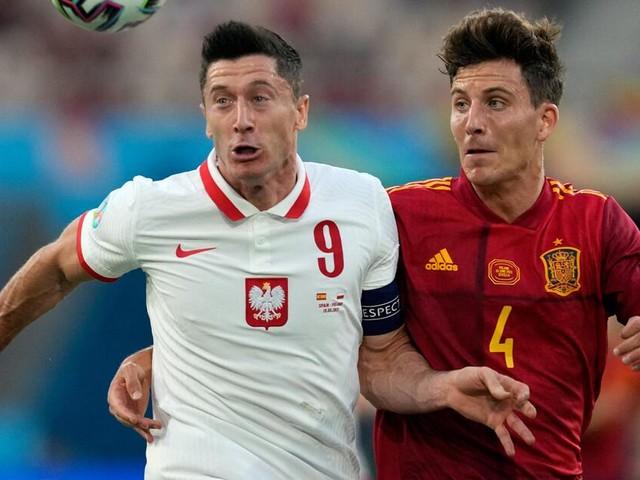 Robert Lewandowski vergibt Mega-Chance - und dann sind die Spanier dran