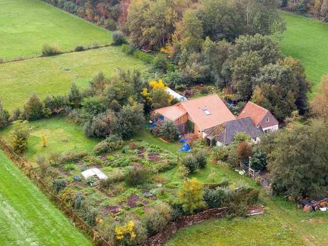 Bauernhof in den Niederlanden: Familie soll jahrelang isoliert im Keller gehaust haben