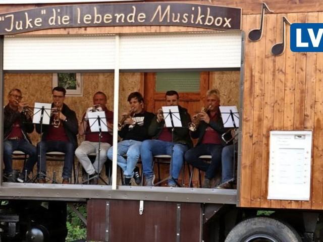 Die lebende Musikbox: Weltneuheit feiert in Borna Premiere