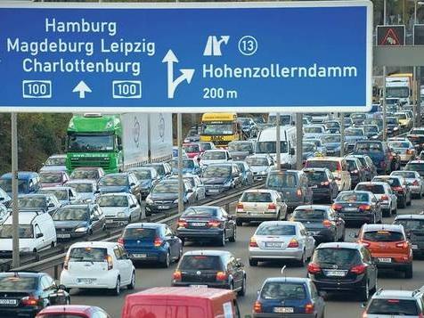 Kein Fahrverbot auf der Berliner Stadtautobahn