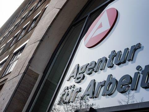 Arbeitslosigkeit in Bremen im Juni weiter gesunken