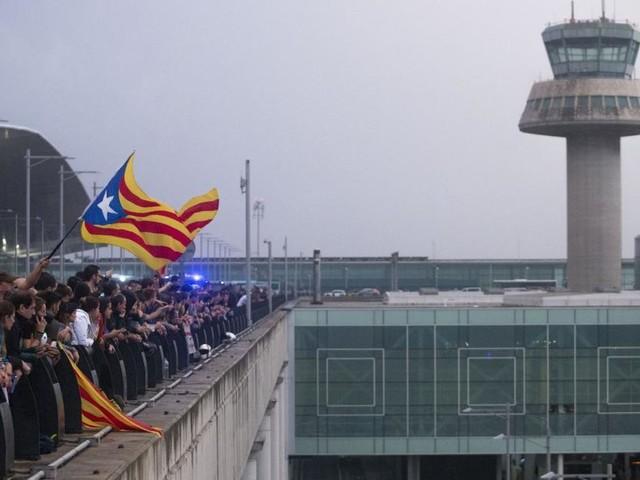 Nach Protesten Dutzende Barcelona-Flüge gestrichen