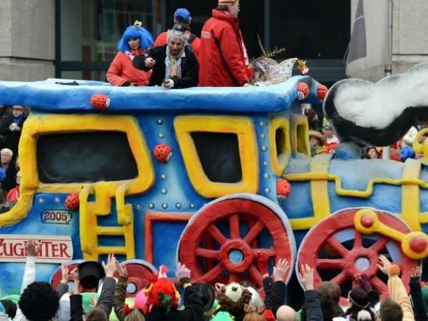 Strenge Regeln für Narren: Karnevalswagen brauchen Sachverständigen-Gutachten
