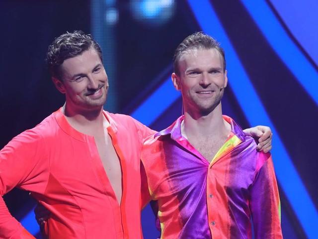 "Überraschung bei RTL-Show: ""Let's Dance"": Erstes Männerpaar der Showgeschichte ist raus"