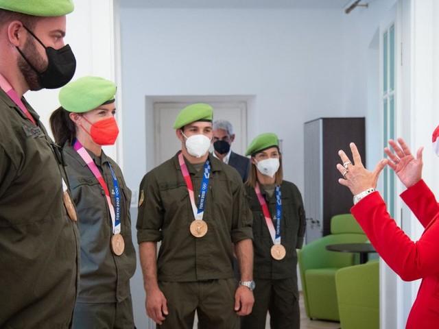 Tanner empfing Medaillengewinner im Verteidigungsministerium