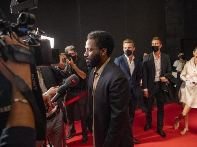 Filmfestival Locarno: Eröffnung unterm Regenschirm