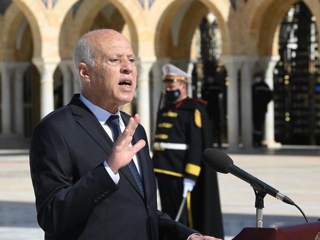 Eskaliert der Machtkampf?: Tunesiens Präsident entlässt Regierungschef