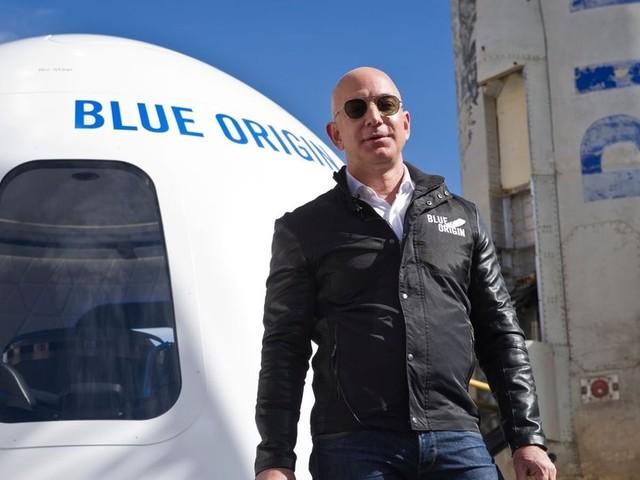 Bezos startet zu Kurztrip ins Weltall