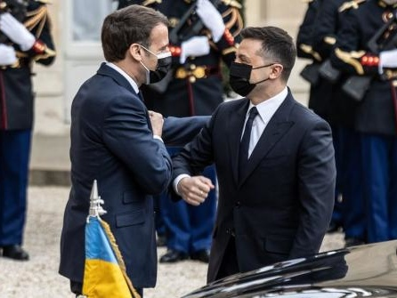 Ukraine: Merkel, Macron und Selenskyj fordern Truppenabbau