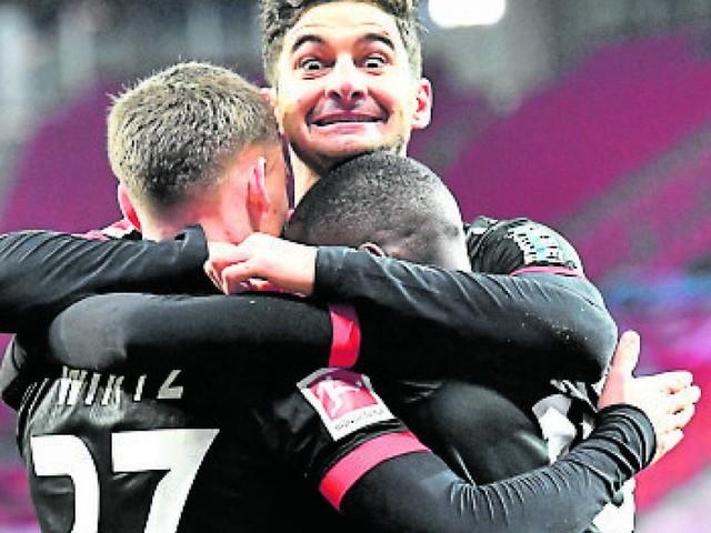 Bundesliga: Leverkusen boxt Dortmund aus dem Titelrennen