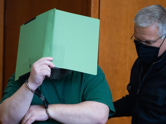 Göttingen: Mehr als sechs Jahre Haft für Bekannten von Lügde-Täter