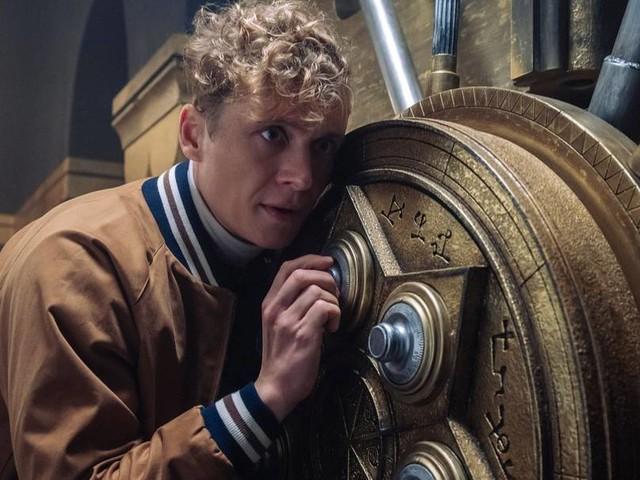 """""""Army of Thieves"""": Netflix veröffentlicht Trailer zu Schweighöfer-Film"""
