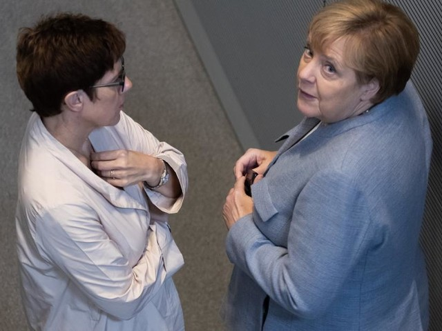 Frauen in der Politik: Verniedlicht, verspottet, verhasst