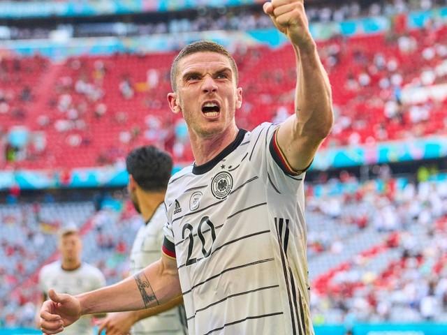 "Neuer DFB-Liebling Robin Gosens: ""Zwick mich mal"""