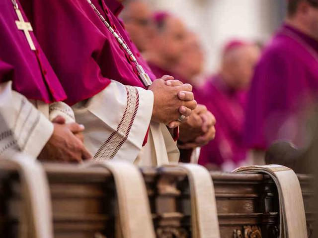 Fachtagung zu Sexualität: Deutsche Bischöfe uneinig bei Homosexualität und Verhütung