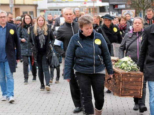 Demonstration: Ennepetal: Bürgerinitiative demonstriert gegen PCB