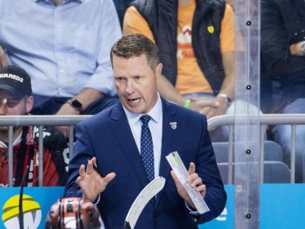 Deutsche Eishockey Liga: Wolfsburg gewinnt in Berlin, München neuer Spitzenreiter