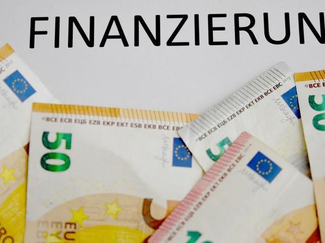 Großunternehmen investieren wieder mehr: Kreditnachfrage steigt