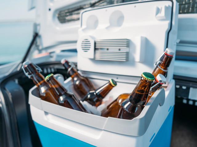 Elektrische Kühlboxen fürs Auto: So genießen Sie unterwegs kühle Getränke