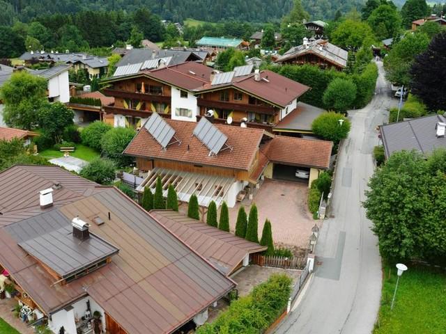 Über Umwidmungen und illegale Bauten im Grünland
