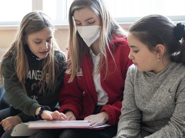 Was eine junge Helferin im Lernhaus fürs Leben lernt