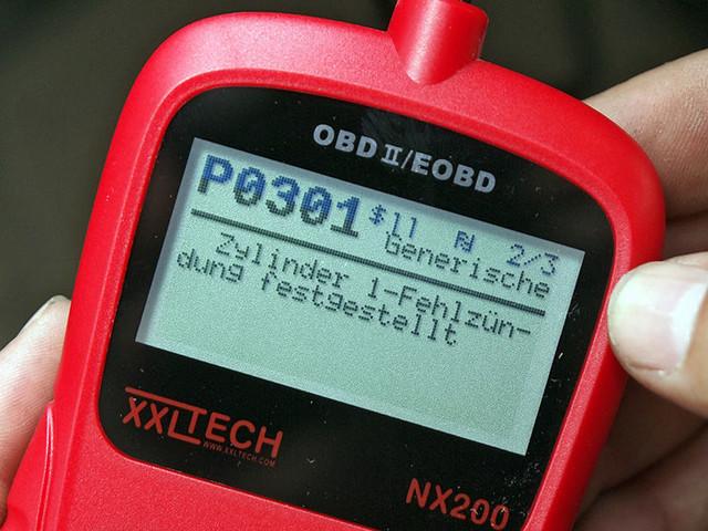 OBD2-Adapter: Funktion, Kosten, Tipps Fehlerspeicher mit OBD2-Adapter auslesen