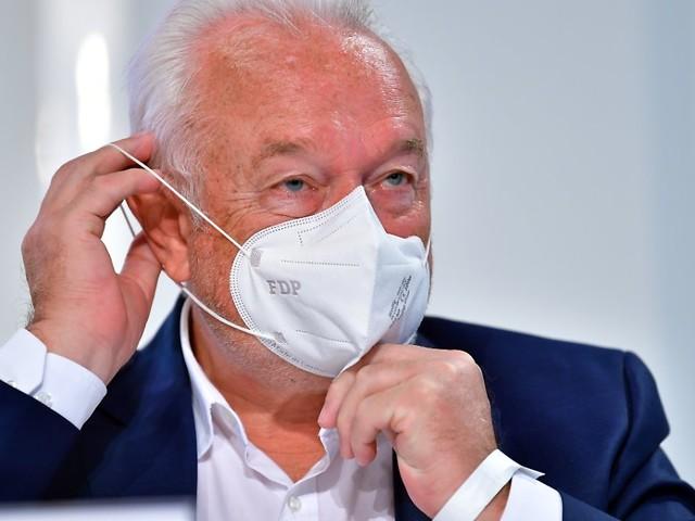 """""""Staat soll lieber informieren"""": Kubicki fordert Ende der Maskenpflicht"""