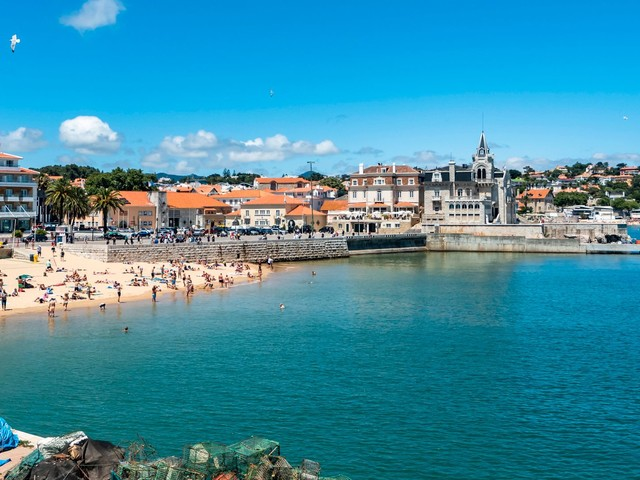 Portugal: Warum ein ganzer Urlaubsort auf Corona getestet wird