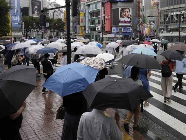 Tropensturm bewegt sich auf Olympische Spiele in Japan zu