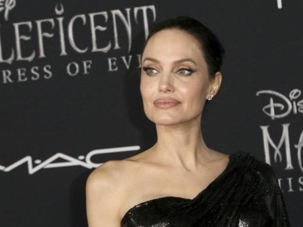 """Lebenskrise: Angelina Jolie fühlte sich lange """"ziemlich kaputt"""""""