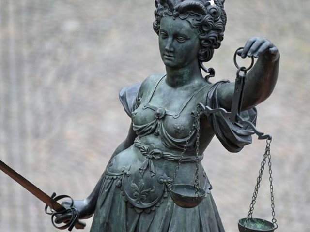 Halbbruder mit Messer schwer verletzt: Drei Jahre Haft