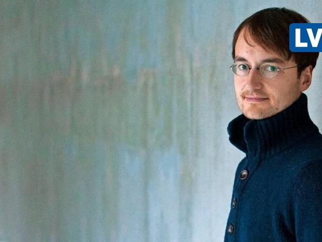 Der Leipziger Schriftsteller Jonathan Böhm überzeugt mit seinem ersten Roman