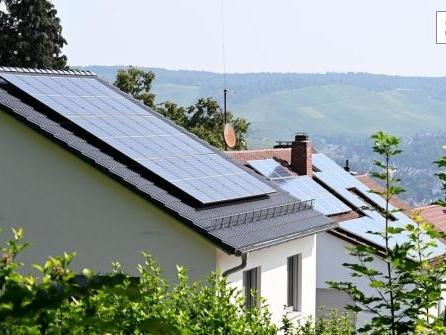 """Solardächer: Altmaier für Zuschüsse oder """"Duldungspflicht"""""""
