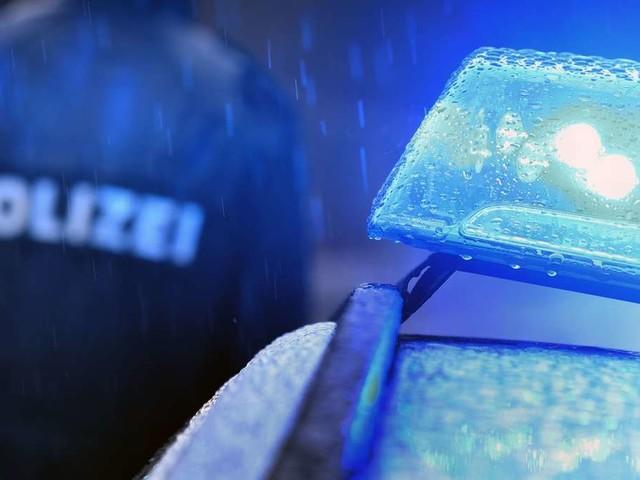 Lkw-Fahrer entdeckt Leiche auf A3-Parkplatz – Schaulustige behindern Verkehr