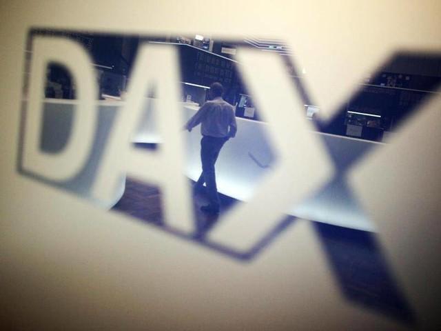 Börse in Frankfurt: Dax nach Rekordhoch leicht im Minus