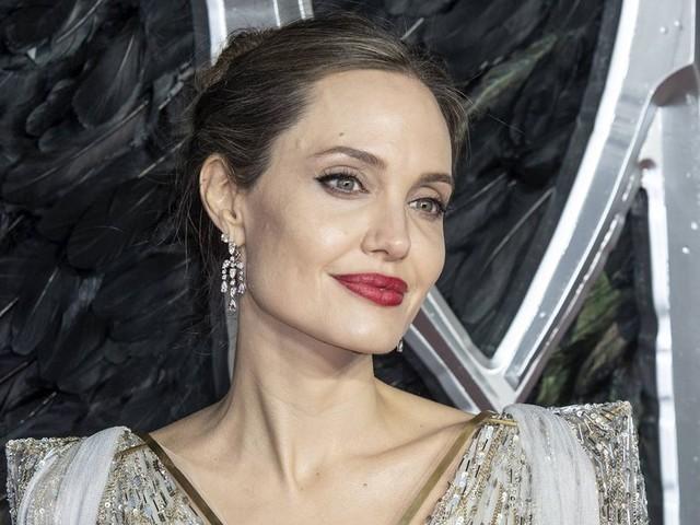 """Angelina Jolie: Die Trennung hat sie fast """"gebrochen"""""""