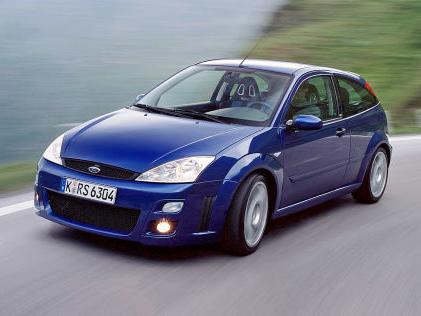 Ford Focus RS: kaufen, Turbo, Vierzylinder, WRC, Preis, kaufen Der erste Focus RS macht kompromisslos Sport
