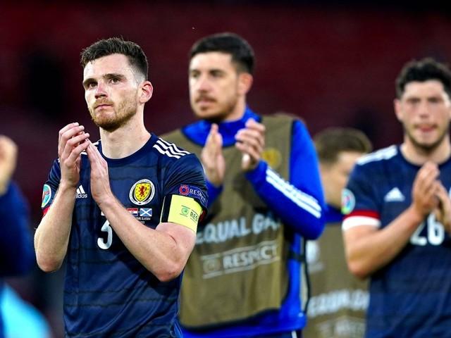 Fußball-EM: Sturgeon muss die Schotten trösten