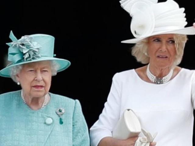 """Körpersprache der Queen verriet """"unausgesprochene Spannung"""" mit Camilla"""