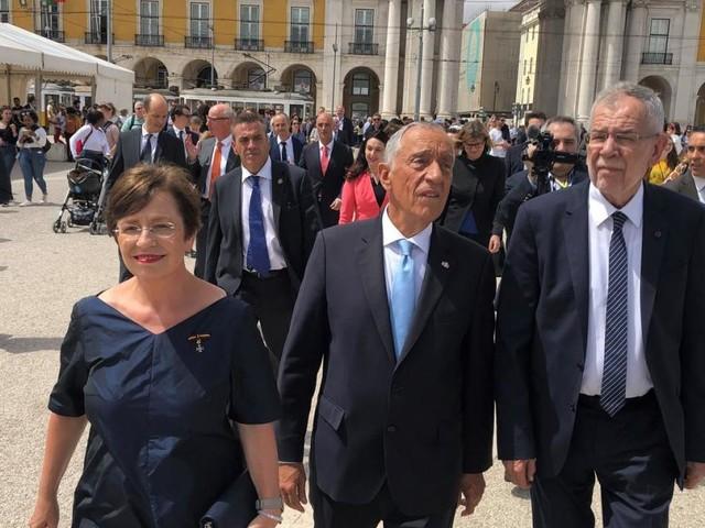 Van der Bellen in Portugal: Zwei Mal klein und selbstbewusst